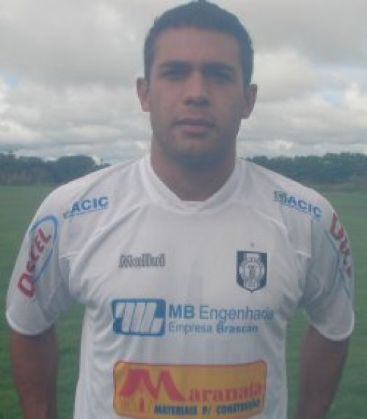 http://www.ceilandiaec.com.br/estat/player.php?id=469