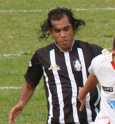 http://www.ceilandiaec.com.br/estat/player.php?id=354