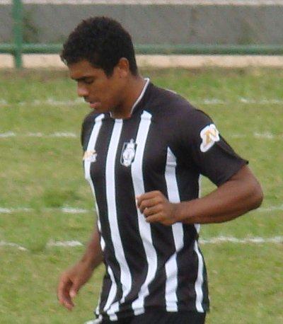 http://www.ceilandiaec.com.br/estat/player.php?id=528