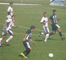 Rodrigo Félix no confronto de ida contra o Esportivo
