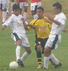 CEC vence Guaraense por 3 x1 (juvenil)
