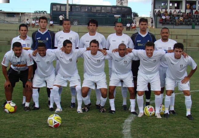 Pedro, Panda, Gilmar, Rodrigão, Edinho e Vieira. Cafu, Alvaro, Fabinho, Mica, Dimba e Deivi. Com esse time o CEC deu a arrancada para ser campeão em 2010.