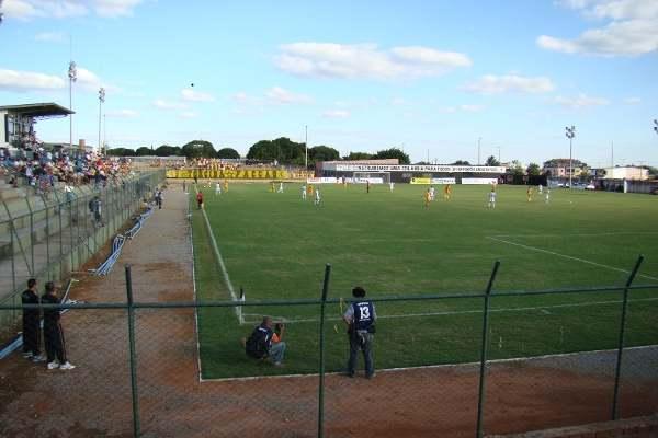 Estádio pequeno é motivo de preocupação