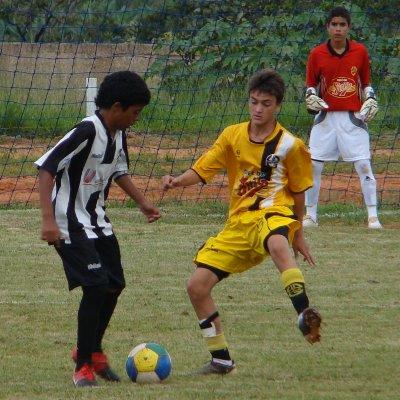 Danilo: primeiro gol e bom passe