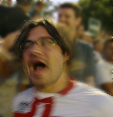 Albertino vibra com o segundo gol do Gato na final de 2010