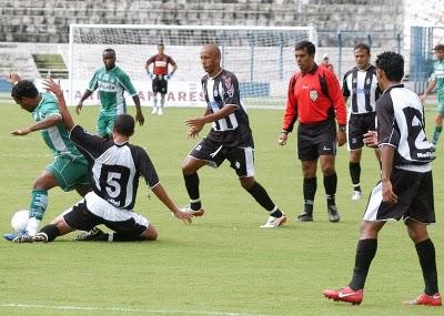 CEC 2 x 2 Gama em 2008, no antigo Mané Garrincha. Alexandre Andrade apitou.
