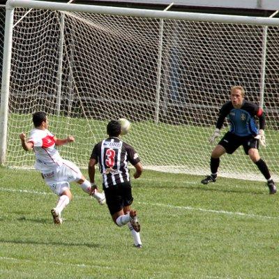 Anapolina perde gol feito: Time precisa trabalhar