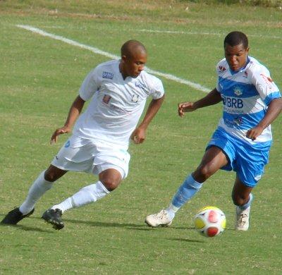 William Carioca, autor do gol do titulo em 2010: empate sem gols com Luziânia