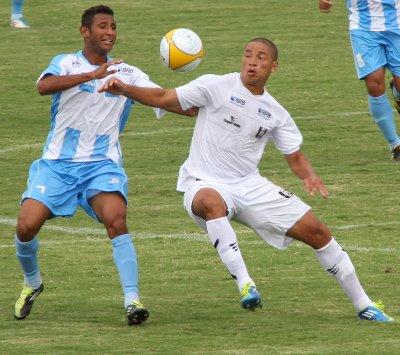 André Oliveira: volantes bem defensivamente, mas com problemas na saída de bola
