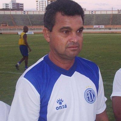 Em Sergipe, Ricardo Oliveira treinou o Confiança por cinco vezes. Foi campeão em duas. Era a segunda passagem pelo Gato