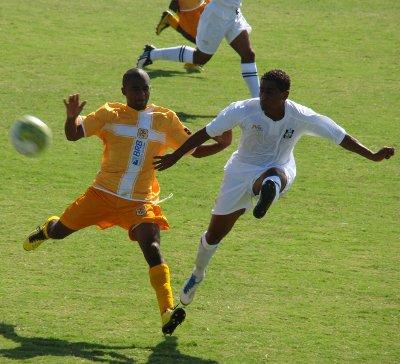 Andrezinho disputa com William em 2011: jogos complicados