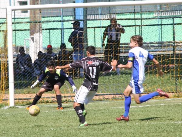Juvenil perde boa oportunidade contra o Brasilia AF