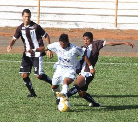 Badhuga voltou, mas o time continua tomando muitos gols