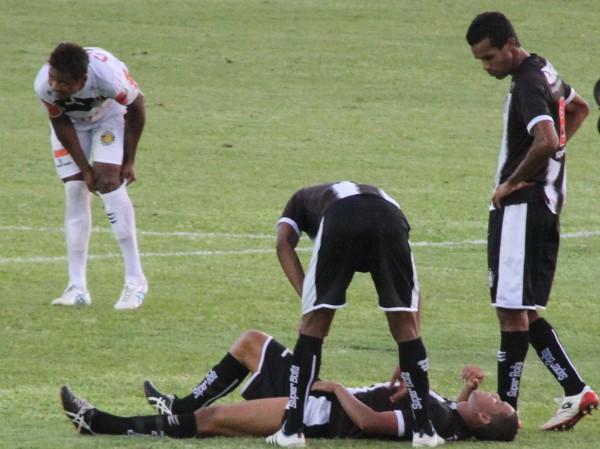 Panda saiu lesionado: preocupação para as finais
