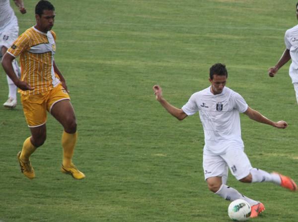 Kabrine fez o gol do CEC