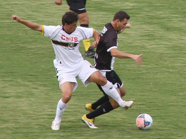 Cleber jogou com inteligência, mas o CEC cedeu muitas oportunidades de gol para o Sobradinho
