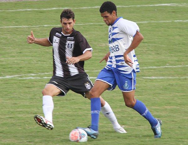 André Nunes: defesa terá pedreira pela frente