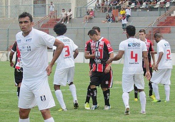 No meio de semana, empate em 1 x 1 contra o Anápolis