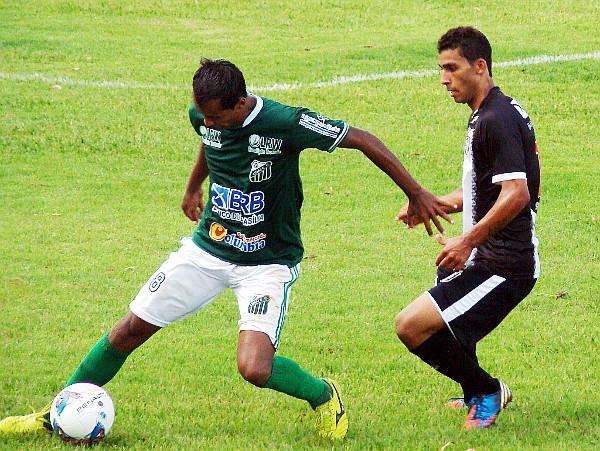 Alisson mostrou contra o Brasília uma maturidade que ainda não mostrara. Também esteve em Unaí em 2013.