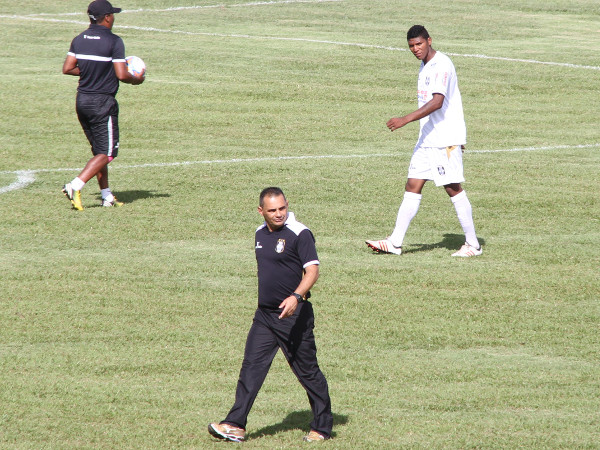 Badhuga não fez uma boa partida: defesa sofre muitos gols!