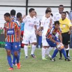 André Tavares expulso diante do Paracatu