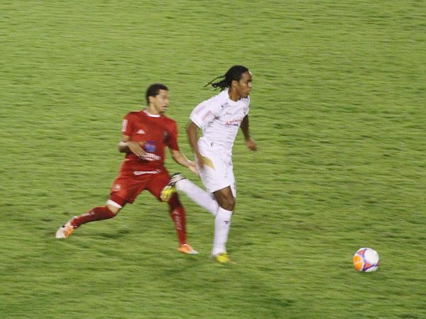Sandro fez a sua melhor partida com a camisa alvinegra.
