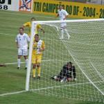Berg comemora em 2007: apesar do título em 2010, poucas alegrias no Elmo Serejo