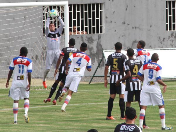 Defesa terá um teste diante do rápido ataque do Cruzeiro