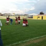 Na foto de Clebio Jr, Clube do Esporte DF, o Ceilândia de amarelo: Gato não jogará