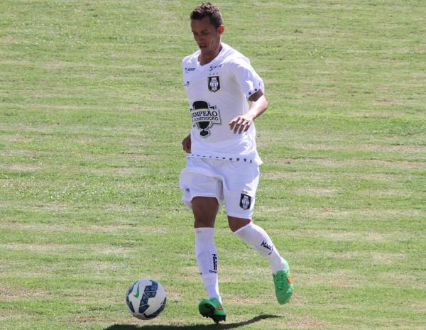 Kabrine cumpriu automática contra Brasiliense