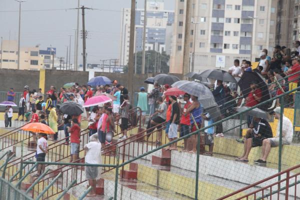 Apesar da chuva, bom público no Regional