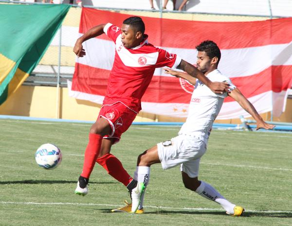 Bruno Morais: sofreu com a marcação e não repetiu a boa atuação do primeiro jogo. Compensou com luta