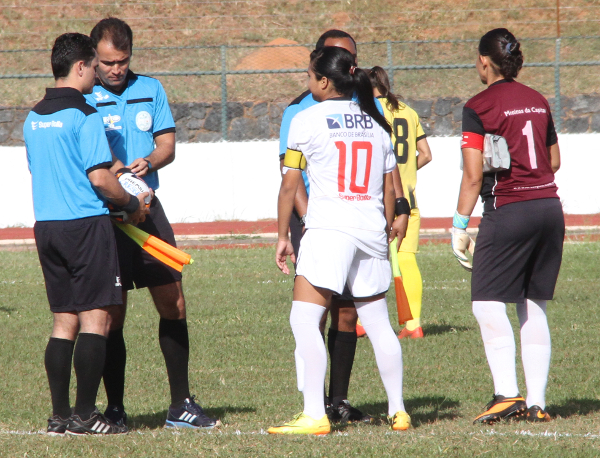 Arbitragem de final do Candangão 2016