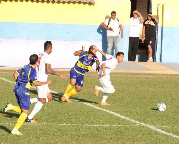 Matheusinho desmonta a defesa do Araguaia na terceira partida: Ceilândia 4 x 2