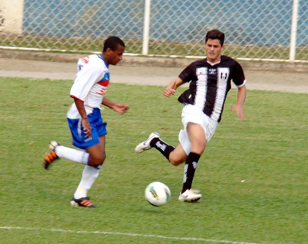 Flavio pelo Ceilândia em 2012: agora, no lado adversário