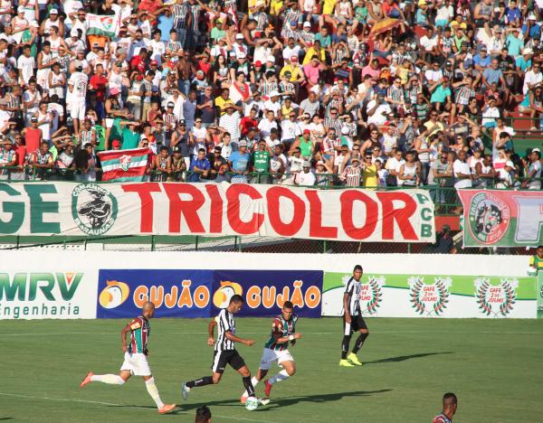 Festa bonita em Feira de Santana: não importa que o Fluminense não tenha conseguido o acesso porque há razões para pensar grande