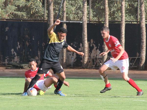 Levi foi responsável por um dos gols do Ceilândia no treino desta quarta