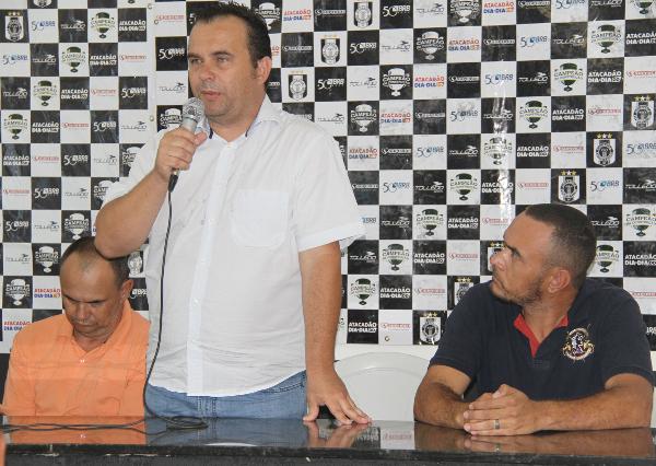Presidente Ari de Almeida: time forte e muitos sonhos