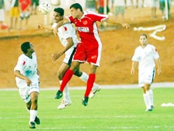 Na estreia em 2006: Jonhes fez os dois gols da vitória do Ceilândia
