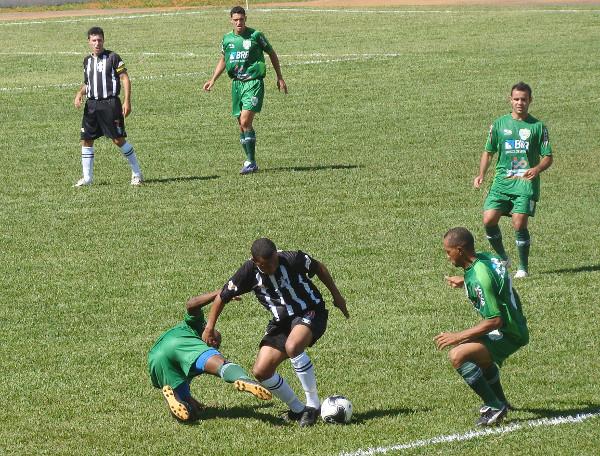 Em 2011, empate sem gols com o Formosa