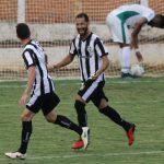 Dúvida durou pouco tempo: Alcione comemora gol da vitória