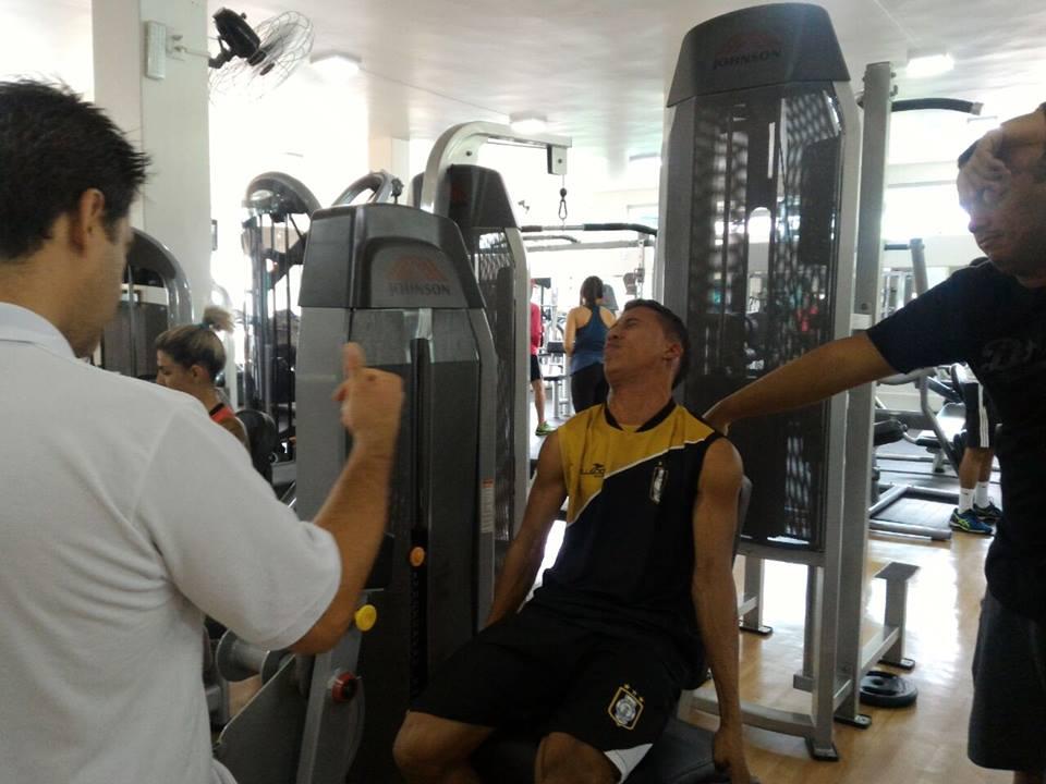 Matheuzinho recupera-se de cirurgia no joelho. Crédito:Ceilandia no Cor