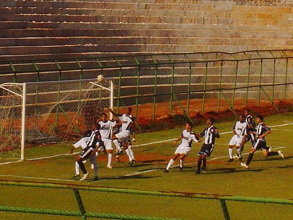 Em fevereiro de 2006, vitória do Ceilândia no JK por 2 x 0
