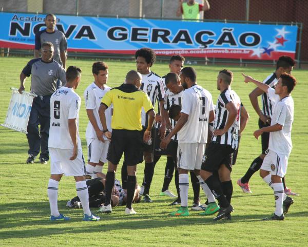 O Ceilândia venceu em 2016 num jogo em que o destaque negativo foi uma péssima arbitragem