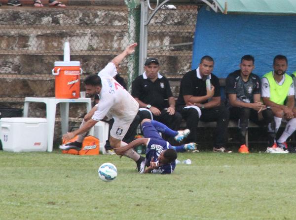 Filipe Cirne é esperança alvinegra para vencer o forte sistema defensivo do Paracatu