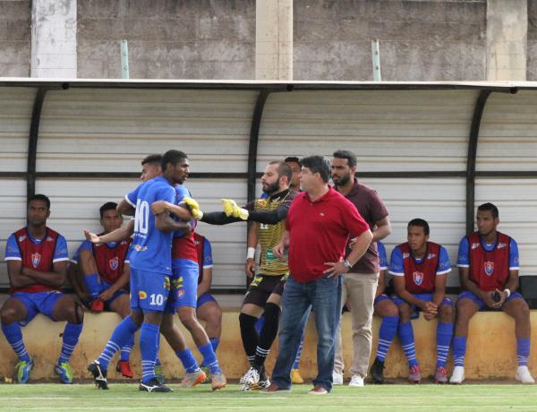 Time do Paracatu estava excessivamente pilhado: tolerância da arbitragem colaborou