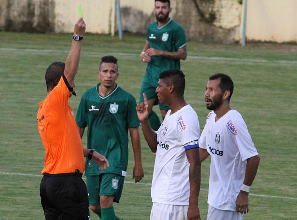 Badhuga: dois cartões nos últimos dois jogos, a vida não está fácil para o capitão