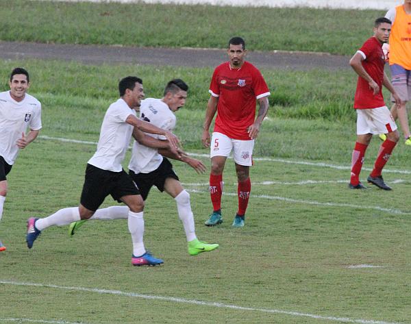 Romarinho fez o segundo gol do Ceilândia, o 17o do ano.