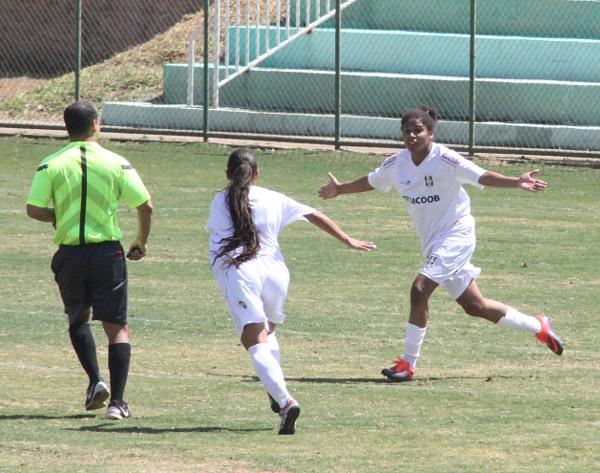 Alane fez o 3 gols da decisão