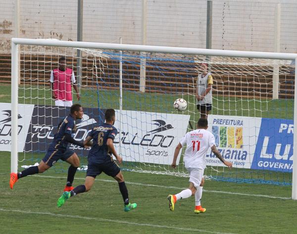 Formiga fez uma partida impecável: premiado com o gol da vitória